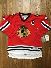 New NWT Jonathan Toews Chicago Blackhawks Jersey Youth Size L/XL Large/X-Large