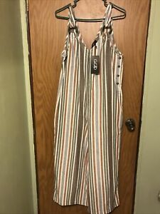 Ladies One Piece Jump Suit Wide Leg Really Cute Be Nice For Walking Or Lounging