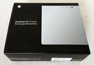 Apple 17-inch MacBook Pro Rechargeable Battery (MA458LL/A)