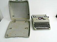Olympia DeLuxe Wilhelmshaven Typewriter Germany w/Hard Case