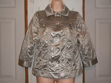 Chico's Sz.0  Silver Crinkle Cropped Lightweight   Button Front Jacket
