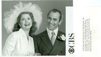 LYNDA CARTER AHARON IPALE RITA HAYWORTH LOVE GODDESS ORIGINAL 1983 CBS TV PHOTO