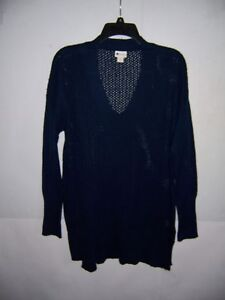 Stylus Women's American Navy Blue Pullover  V-Neck Sweater Size L NWT