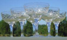 Baccarat? Service de 6 coupes à champagne en cristal gravé. Début Xxe s.
