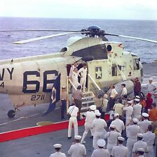 APOLLO 8 CREW STEPS OFF RECOVERY HELICOPTER TO USS YORKTOWN  8X10 PHOTO (EP-275)