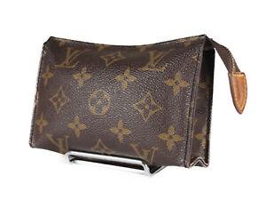 LOUIS VUITTON Toiletry 15 Monogram Canvas Leather Pouch Accessories Clutch Bag