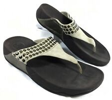 2455a98fefb766 GUC Women s FitFlop Studsy Timber Wolf Flip Flops Brown Suede Leather ...
