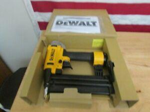 "DeWalt DWFP12233 18 Gauge 2-1/8"" Brad Nailer 411"