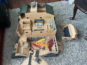 GI Joe 1987 Hasbro Mobil command center missing some parts