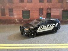 Greenlight 1:64 Scale 2013 Ford Explorer Police Interceptor. Emergency Vehicle.