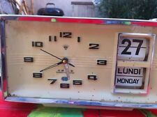 Pendule réveil date lamelles alarm Shangai China vintage
