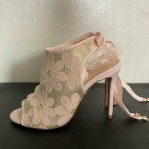 WALLIS Blush Pink/Gold Embroidered Heels Size 38