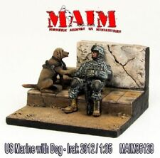 MAIM U.S.MARINE WITH DOG IRAQ 2012 1:35 35128