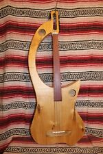 "Bass Fretless 4 String   Banana Bass Wishbass  32""  Scale"