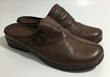Bare Traps GOSSIP Brown Ruched Leather Mules Slip-On Shoes Size 9 1/2 M