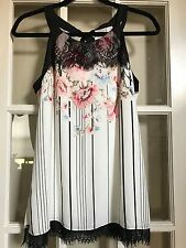 Women's White House Black Market sleevless blouse - Size 6 - NEW WITH TAGS!!