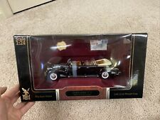 Yat Ming Road Signature Presidential Series 1938 Cadillac V-16, 1/24 Scale- Nice
