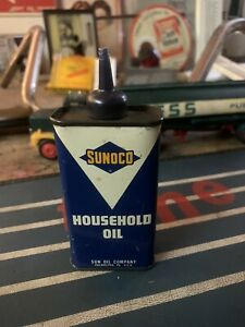 Vtg 1960s SUNOCO Household Oil 4 Oz Can Handy Oiler Tin w/ Gas Pump Rear Graphic
