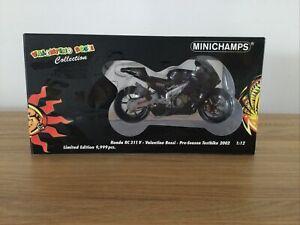 Minichamps Valentino Rossi Honda Pre-season Testbike2002 Ltd Ed 9999