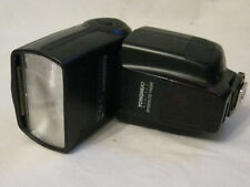 pre-owned Yongnuo Digital Speedlite YN560 shoe mount camera flash