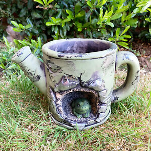 Outdoor Garden Cement Frog Watering Can Planter Freestanding Flower Plant Pot
