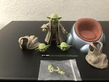 Action Figure Star Wars Yoda S.H.Figuarts Revenge of The Sith / Broke lightsaber