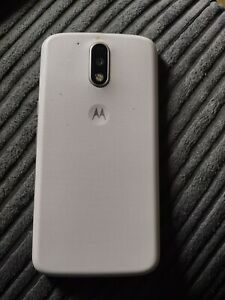 Motorola Moto G4 Plus 16GB Smartphone 2 GB RAM - White (UNLOCKED)
