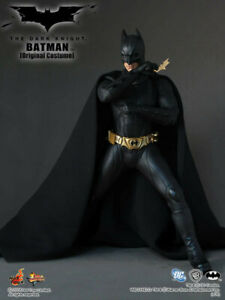 Hot Toys Batman Begins MMS67 Batman 1/6 Figure NMIB