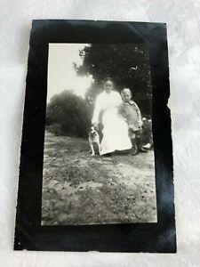 VINTAGE POSTCARD - 1900's - B & W - PHOTOGRAPH - LADY CHILD & DOG