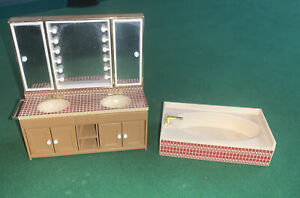 VINTAGE TOMY SMALLER HOMES BATHROOM AND MIRROR DOLLHOUSE MINIATURE FURNITURE