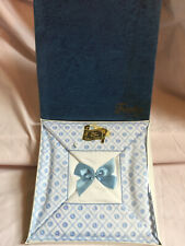 More details for vintage trophy white blue embroidered pillow cases 100% cotton sealed box new