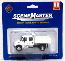 HO Scale Walthers SceneMaster 949-11636 International Crew Utility Dump Truck