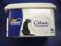 peinture dulux valentine  2.5 LITRES   coloris assortis   creme peinture