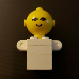 Vintage 1975 Genuine Lego Big Head Homemaker Torso