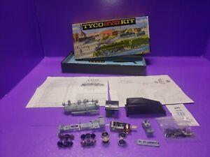 Vintage Tyco SHIFTER -7703 HO Scale Train K209-1200 Diecast Locomotive Kit