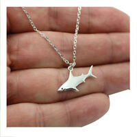 Z8G7 Cute Silver Shark Pendant Necklace Women's Fashion Animal Necklace (Color: