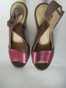 Clarks 'Tiger Power' Tan & Burgundy Leather Sandals, Size 5