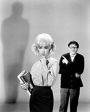 "JERRY LEWIS AND STELLA STEVENS IN ""THE NUTTY PROFESSOR"" - 8X10 PHOTO (OP-143)"