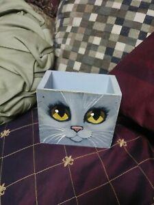 Folk Art Vintage Wood Box Painting of Cat Great Art OOAK Kitten Kitty Face Neat
