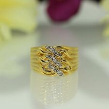 estate 18k Yellow gold Natural Diamond cluster Tripple Row Chain ring band .12ct