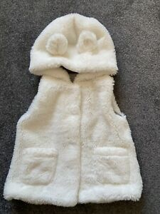 Next Faux Fur Girls Gilet Age 2-3