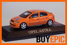 Schuco Opel Astra G 5 portes 1:43 Modèle spécial Orange Frank Risjkaard,