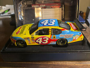 bobby labonte elite #43 Cheerios 08 Charger elite 1 of 300 L23 1:24th Autograph