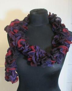 Damen-Strick-Schal in modischen Farben - HANDARBEIT