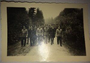 GUERRE 39-45. OFFICIERS ALLEMANDS TROIS PHOTOGRAPHIES : Bain,  Pont Bombardé .