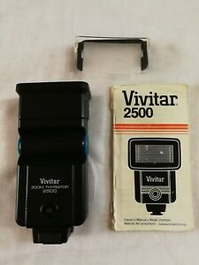 Vivitar 2500 Zoom Thyristor Bounce Flash Film Camera Flash Gun With Manual