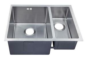 585 x 440mm 1.5 Bowl Handmade Undermount Sink With Easy Clean Corners (DS029L)