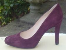UNISA burgundy suede leather court shoes Size 5.5 (38.5)