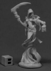 Reaper Miniatures - 77536 - Female Wraith - Bones DHL