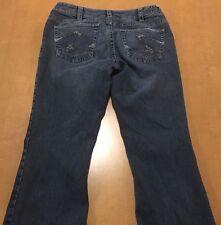 Silver Women's Low Rise Suki Jeans Measures 28 X 30 **********B27